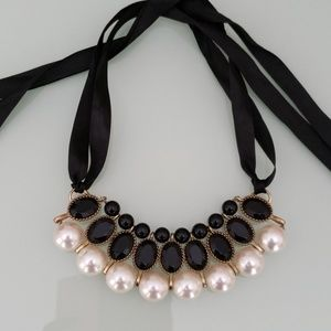 Jewelry - Black Stones & Pearls Ribbon Necklace